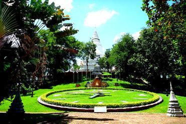 Cambodge-Phnom-Penh-Wat-Phnom2