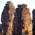 Cambodge-Siem-Reap-temple-Angkor-Bayon-statues2