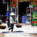 Asiaplus-Voyages-Hanoi-vendeur-ambulant