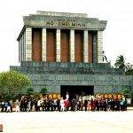 Asiaplus-Voyages-Vietnam-Hanoi-Mausolee-du-President-Ho-Chi-Minh2